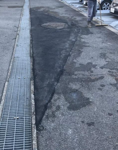 マンホール周りの補修工事