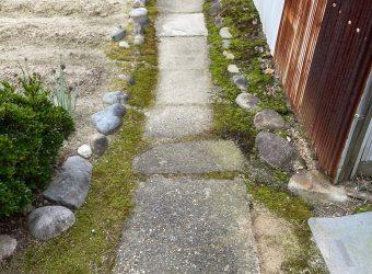 愛知県名古屋市 通路部分 平板敷き 水溜り対策
